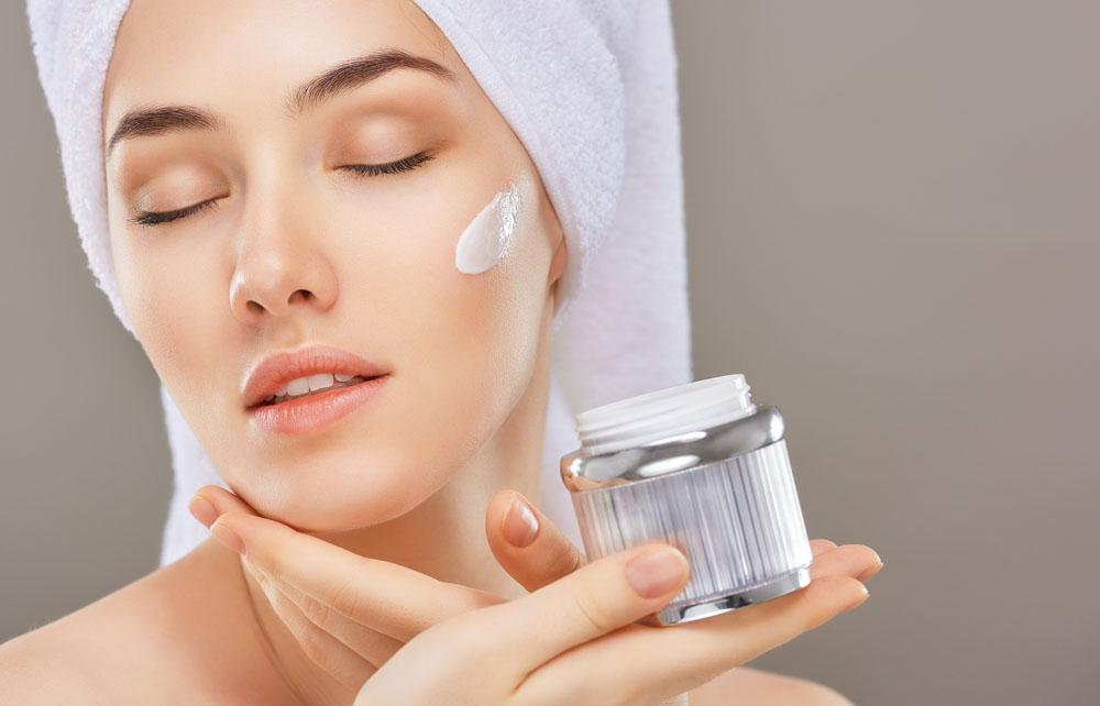 Why do cosmetics contain hinokitiol ingredients?